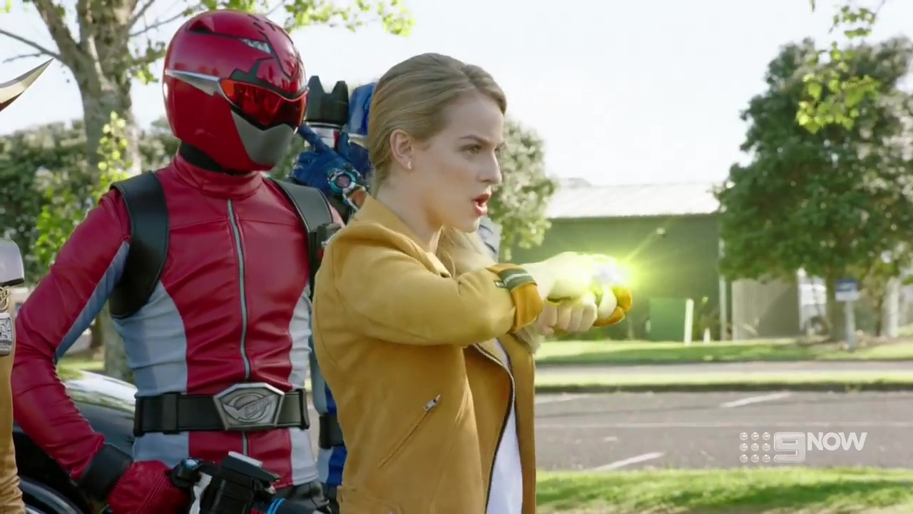 Power Rangers Beast Morphers Episode 11