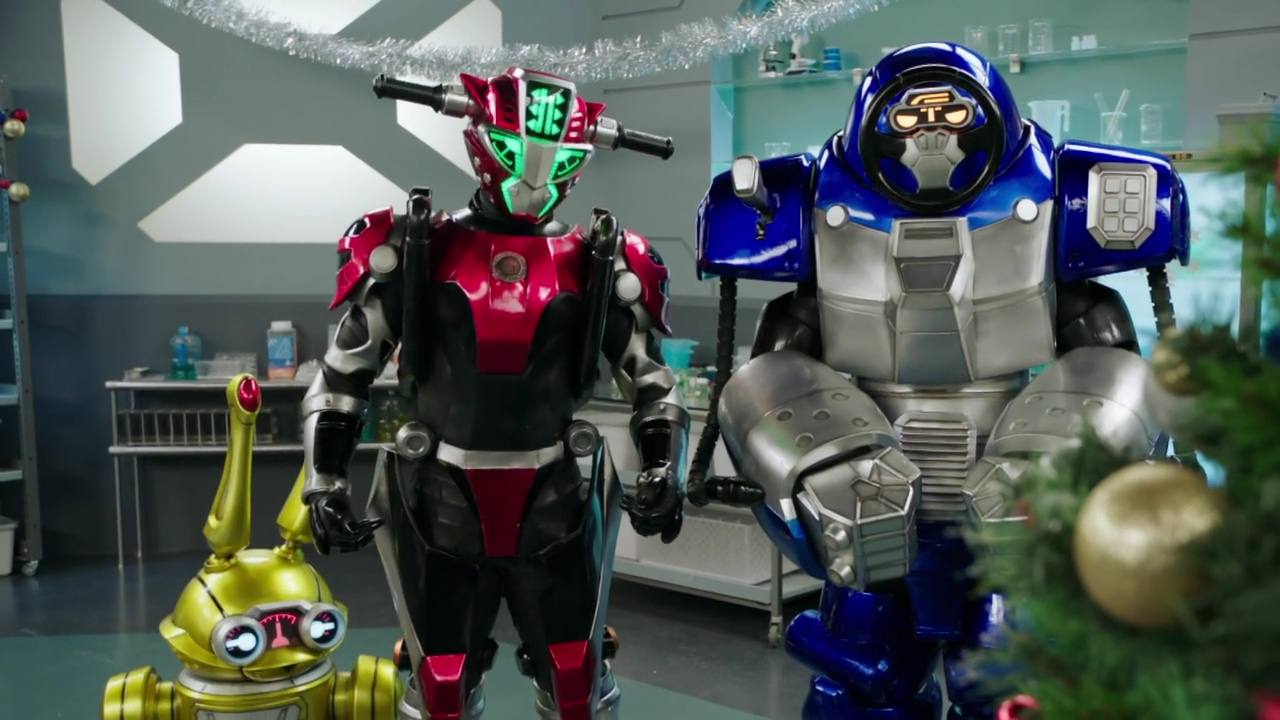 "Recap: Power Rangers Beast Morphers Christmas Special –  ""Taking a bath is very human."""