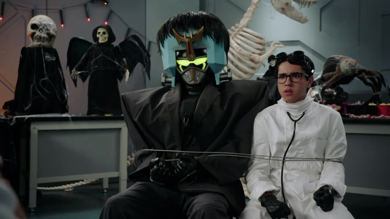 Power Rangers Beast Morphers Halloween Special