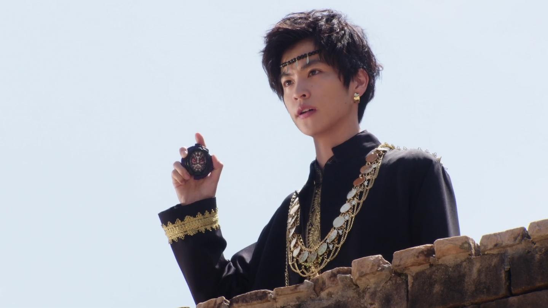 Kamen Rider Zi-O Episode 43: 2019: Tsukuyomi