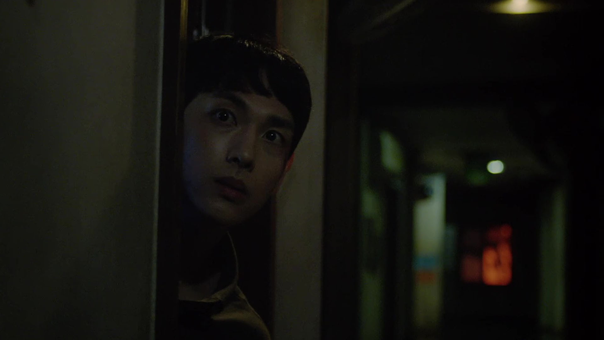 """Good Ol' Review: Im Siwan and Lee Dong Wook Deliver Masterful Performances in OCN's Stunning Psychological Thriller """"Strangers from Hell"""""""